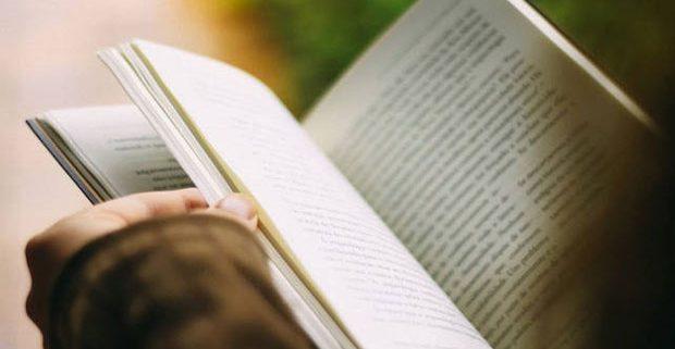 201806120114200321 Government to translate higher education books into Tamil SECVPF 620x321 - چگونه یک مترجم حرفه ای شویم؟